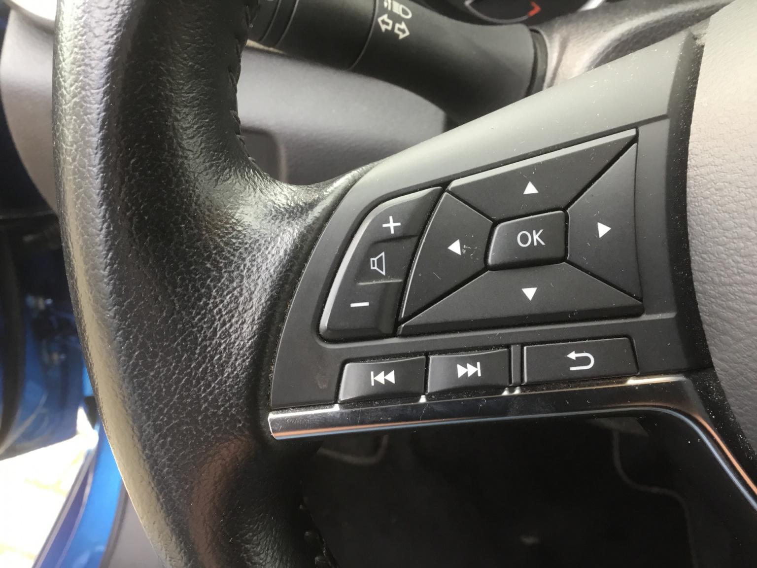 Nissan-Micra-13
